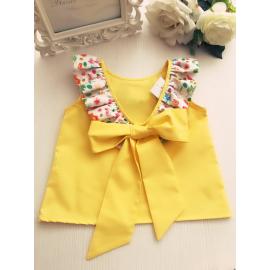 Camisa amarilla lazo espalda estampado